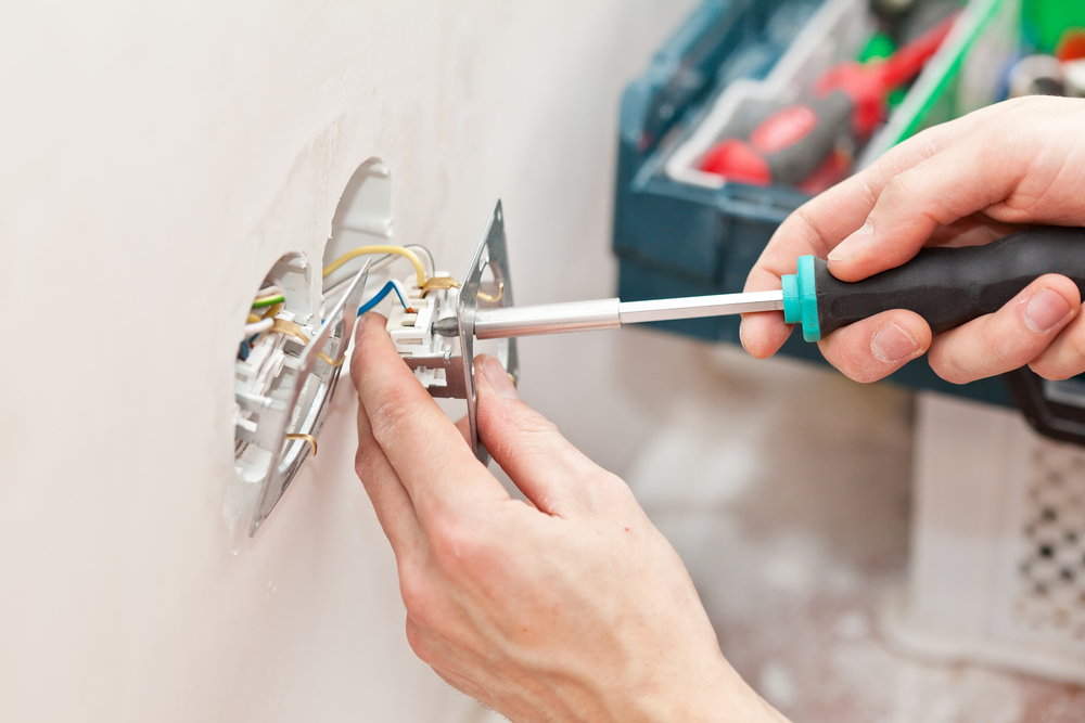 How Can An Electrical Contractor Help You With Your Home Renovation Project?